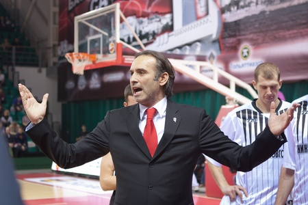 pbl: SAMARA, RUSSIA - OCTOBER 19: Time out. Coach of BC Nizhniy Novgorod Zoran Lukic says the game plan against BC Krasnye Krylia on October 19, 2012 in Samara, Russia. Editorial