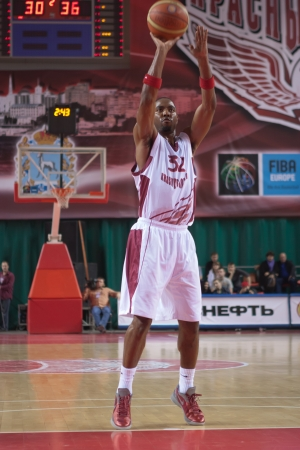 SAMARA, RUSSIA - NOVEMBER 07: Aaron Miles of BC Krasnye Krylia throws from the free throw line in a game against BC KERAVNOS STROVOLOU on November 07, 2012 in Samara, Russia.