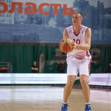 vasiliev: SAMARA, RUSSIA - DECEMBER 11: Yury Vasiliev of BC Krasnye Krylia gets ready to throw in a game against BC Joensuun Kataja on December 11, 2012 in Samara, Russia.