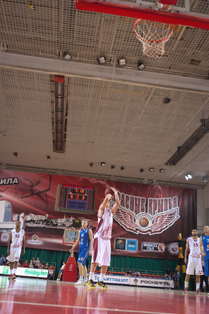 pbl: SAMARA, RUSSIA - MAY 11: Dmitry Kulagin of BC Krasnye Krylia throws from the free throw line in a game against BC Enisey on May 11, 2013 in Samara, Russia.
