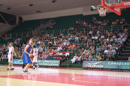 pbl: SAMARA, RUSSIA - MAY 11: Petr Gubanov of BC Enisey gets ready to throw from the free throw line in a game against BC Krasnye Krylia on May 11, 2013 in Samara, Russia. Editorial
