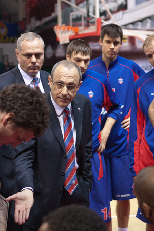 timeout: SAMARA, RUSSIA - MAY 19: Timeout. Head coach of BC CSKA Ettore Messina during a timeout of the game against BC Krasnye Krylia on May 19, 2013 in Samara, Russia.