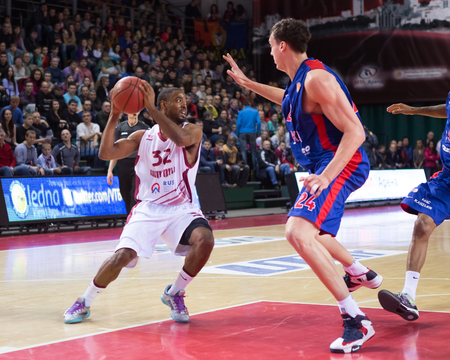 SAMARA, RUSSIA � DECEMBER 01: BC Krasnye Krylia guard Aaron Miles (32), with ball, is on the attack during the BC CSKA game on December 01, 2013 in Samara, Russia.