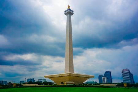 El monumento nacional de la independencia es Monas. Yakarta, Indonesia