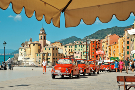 Camogli, Liguria, Italy - September 20, 2015: Festival Fiat 500 Rally organizers the Fiat 500 Club Genova Levante Italy. Éditoriale