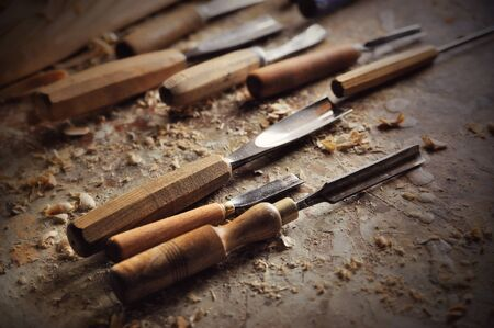 trinchante: chisel and cutting wood equipment in carver workshop