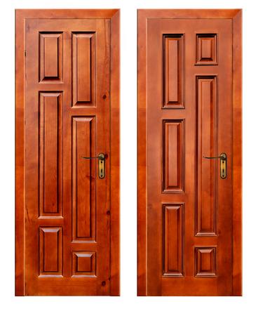 puertas de madera: dos puertas de madera aisladas sobre fondo blanco con el parche Foto de archivo