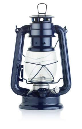 candil: lámpara de aceite en el fondo blanco