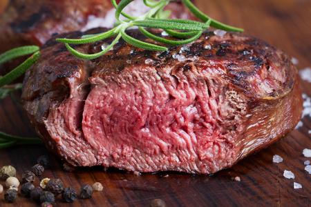 medium roast steak 스톡 콘텐츠