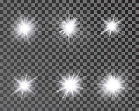 Set of bright beautiful stars. Optical lens glowing flashlight effect. Light effect, bright star, light flare. White sparkles shine light effect on transparent background - vector 矢量图像
