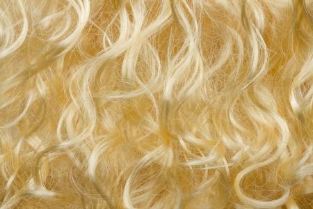 frizzy hair: blond frizzy hair fashion