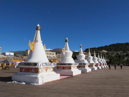 revere: Stupa for mountain climber at Feilai temple, Yunnan China