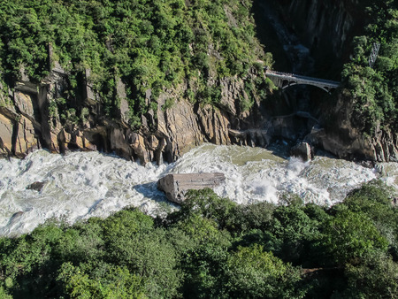 yangtze: Tiger Leaping Gorge, Yangtze river, Lijiang City, Yunnan Province, China.