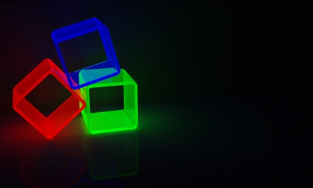 3 cubes in red, green and blue