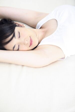 taking nap: Woman taking nap in bed