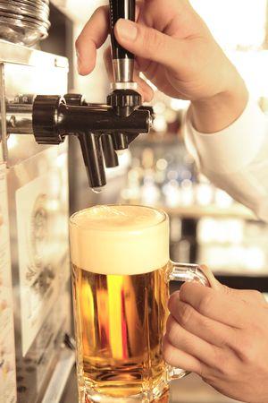ビール サーバー
