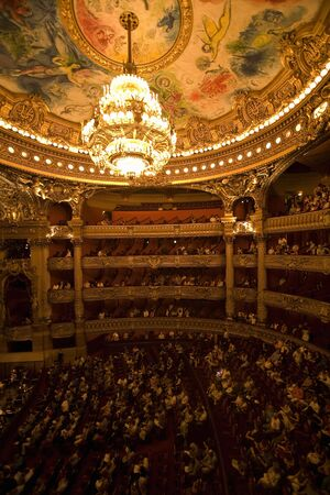 opera: Opera