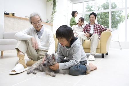 asian old lady: Three generations of family togetherness scenery.
