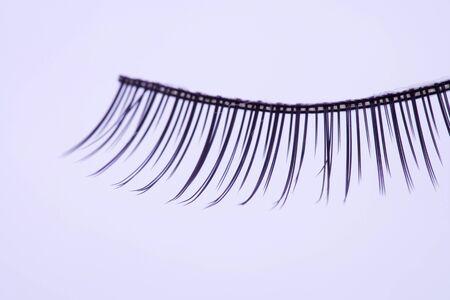 false eyelash: False eyelash