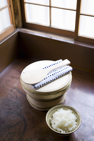 dishcloth: Boiled-rice container