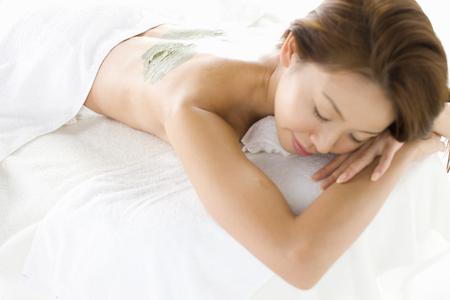 masajes relajacion: Mascarillas de barro Foto de archivo
