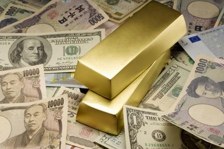 yen note: Gold bullion
