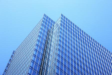 ウィンドウ ガラスの超高層ビル