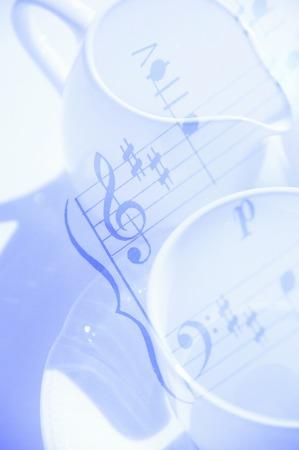 rythm: Music and tableware