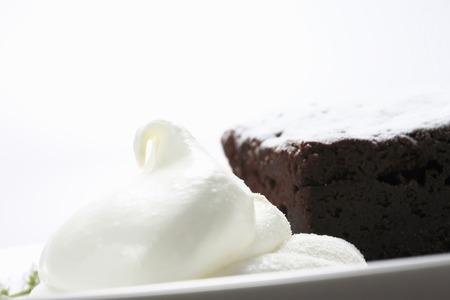 gateau chocolat: Chocolate cake with cream
