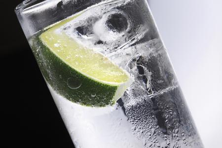 gin: Gin and tonic Stock Photo