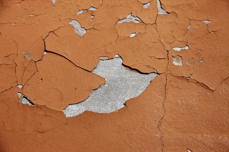 crazing: Cracks and cracked wall