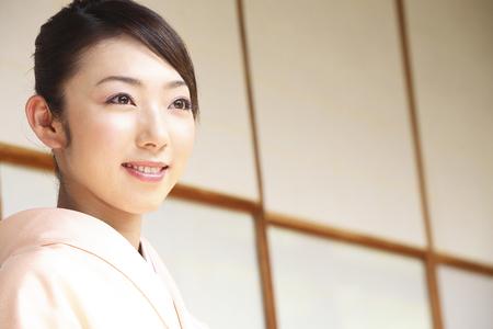 doings: Kimono woman portrait