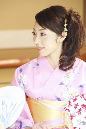 Yukata woman shall be sought with fan Stock Photo