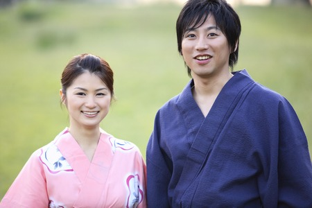 Yukata couple to walk photo