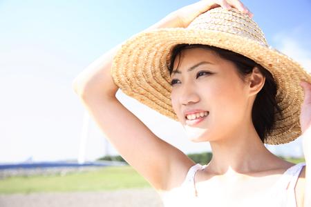 chapeau paille: Les femmes qui ont souffert d'un chapeau de paille Banque d'images