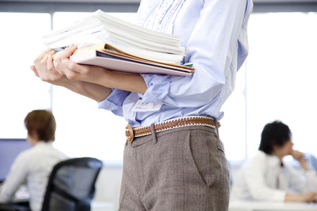 ol: OL carrying documents