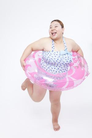 frolic: Metabo women frolic in swimsuit