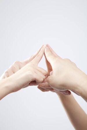 dedo indice: Mano para que coincida con el dedo �ndice Foto de archivo