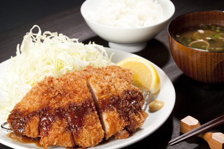 Pork cutlet set meal Фото со стока