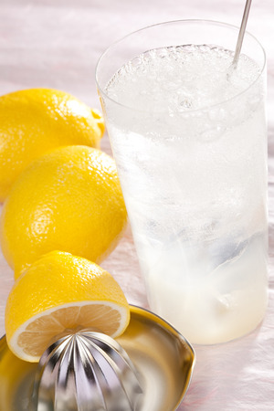 squeezing: Raw squeezing grapefruit sour