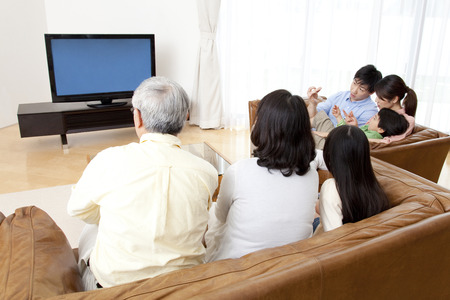 Of large families watch TV