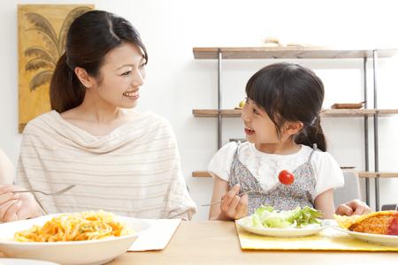 母と子の食べ方