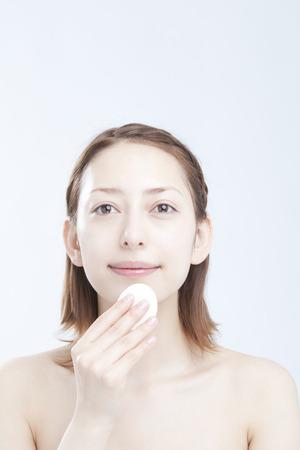base: Base makeup woman
