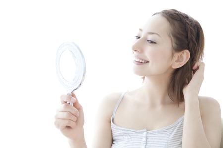 mirror: Women see the hand mirror