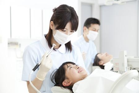 Dentist to treat