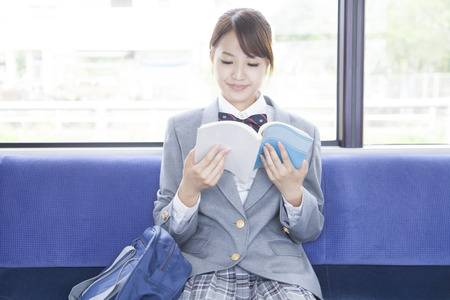 High school girls to study on the train