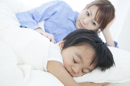momma: MOM sleep boy