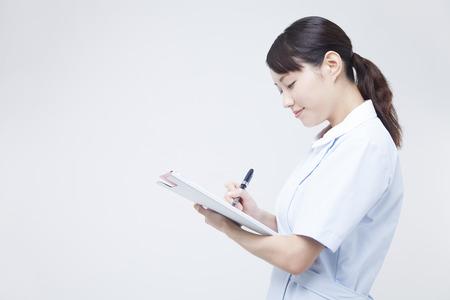 medical record: Nurse to write a medical record