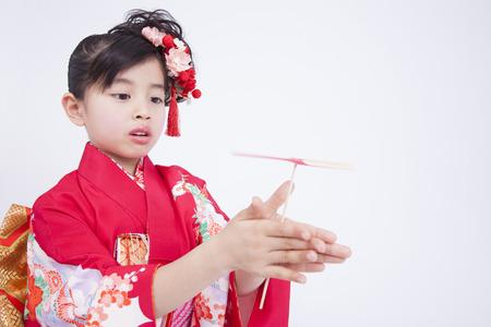 Girls Kimono Figure Playing In Taketonbo