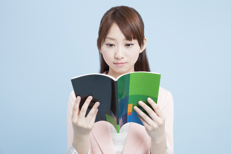 teaching material: Womens college students to read the text